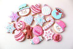 PINK Christmas cookies!