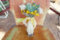 succulent wedding bouquet | VIA #WEDDINGPINS.NET