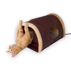 K&H Outdoor Heated Kitty Camper, Measures 14 by 20 Inches - this is the most popular bed in our outdoor cat shelter. The cats love the heat in winter and they feel safe because there are two exits. Dog House Heater, Heated Cat House, Heated Cat Bed, Outside Cat House, Cats Outside, Outdoor Cat Shelter, Outdoor Cats, Indoor Outdoor, Feral Cats