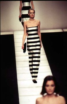 Black and white Giorgio Armani - Ready-to-Wear - Runway Collection - WomenFall / Winter 1996
