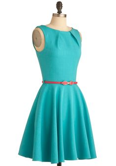 I'll Take a Tad of Turquoise dress Retro Vintage Dresses, Retro Dress, Stunning Dresses, Unique Dresses, New Frock, Fade Styles, Work Fashion, Street Fashion, Fashion Ideas