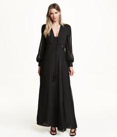 Pin for Later: 50 elegante, bodenlange Abendkleider unter 100 €  H&M perlenbesetztes Chiffonkleid (80 €)