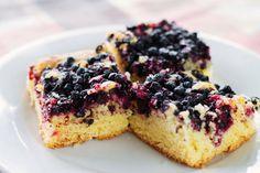 Hrnčekový čučoriedkový koláč