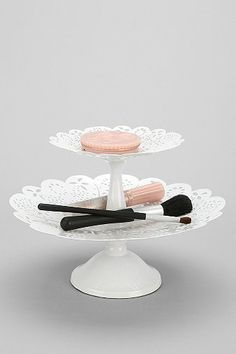 double-tiered lace tray / urban outfitters