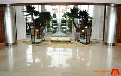 Photos and Pictures of the main lobby and common areas at Bay Lake Tower at Disney's Contemporary Resort at Walt Disney World Bay Lake Tower, Disney Contemporary Resort, Common Area, Walt Disney World, Table Decorations, Architecture, Home Decor, Arquitetura, Decoration Home