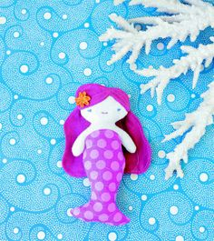 Mermaid party favor - pocket-sized DIY mermaid dolls!.