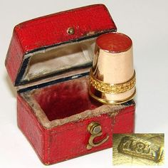 Antique Swedish 18k Yellow Gold & Carved Carnelian Sewing Thimble, Orig. Box or Etui.