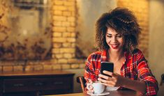 """If you've ever used an dating site or app, you know that someone's opening message online can make or break the conversation. Why just say """"Hey, how's it going? The new year is a great time to make new dating… Dating Apps, Dating Memes, Dating Advice, Instagram Bio, Dating Again, Dating After Divorce, Vip Band, Me Ignore, Attitude"""