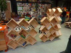 Ce weekend, je me suis rendue aux Portes Ouvertes de l'Atelier d'éco solidaire, recyclerie créative à Bordeaux. Je suis leur aventure depuis quelques temps, je vous en ai déjà parlé ici et là. L'Atelier d'éco solidaire récupère des objets de particuliers...