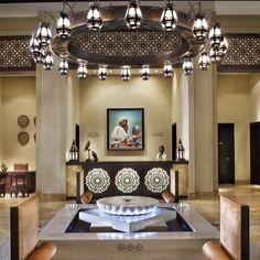 middle-eastern receptions desk panel / ceiling panel designed by HBA Hirsch Bedner Associates