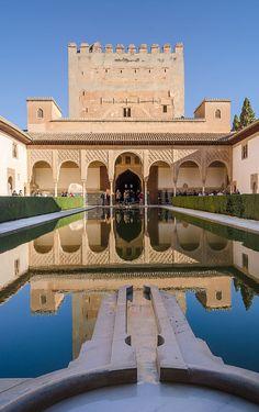 Patio de los Arrayanes Alhambra 03 2014 - New7Wonders of the World - Wikipedia, the free encyclopedia