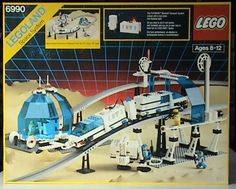 LEGO Space Monorail Transport System with Accessory Track Complete Vintage Lego, Vintage Toys 80s, Retro Toys, Lego Space Police, Lego Airport, Lego Knights, Lego Sculptures, Lego Jurassic, Lego System