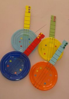 Recycled Toys with Cans - Garten Ideen Source link Music Instruments Diy, Instrument Craft, Homemade Instruments, Preschool Music, Music Activities, Toddler Activities, Preschool Activities, Guitar Crafts, Music Crafts