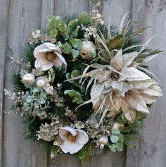 Holiday Splendor Wreath