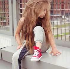 awkward moment when a 3 year old has better hair than you do :/