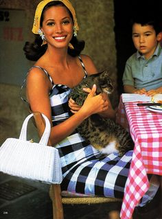 Annie's Fashion Break: Christy Turlington by Arthur Elgort
