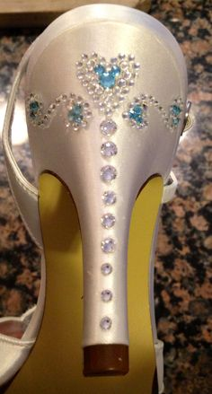 Okay, if I ever renew my vows.And having a Disney wedding would be the only way my husband would do it! Wedding shoes with hidden Mickey, something blue! Hidden Mickey Wedding, Mickey Mouse Wedding, Minnie Mouse, Disney Wedding Dresses, Disney Dresses, Wedding Disney, Disney Weddings, Cinderella Wedding, Best Wedding Colors