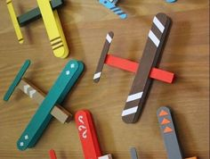 50 Ideas diy christmas projects for kids popsicle sticks Popsicle Stick Crafts, Popsicle Sticks, Craft Stick Crafts, Crafts For Kids, Wooden Craft Sticks, Clothespin Crafts, Wooden Crafts, Paper Craft, Wooden Toys