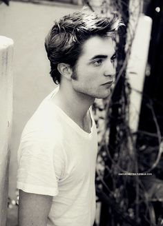 Robert Pattinson in black & white.