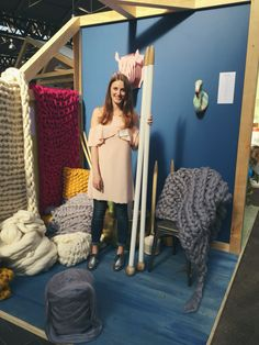 I had such an amazing weekend at the @notonthehighst Open Door event knitting my super chunky blankets with my gigantic needles. I love my job! ❤️