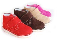 Colores alegres para el frío invierno. Roly Poly Shoes for Kids.