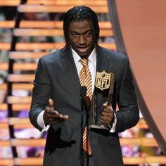 RG III accepts NFL Offensive Rookie Player of the Year 2012
