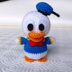 Tutorial gratuito per realizzare un piccolo Paperino (Donald Duck) amigurumi all'uncinetto