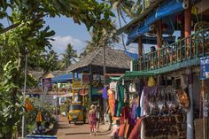 What to Know Before Visiting India's Varkala Beach