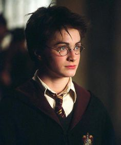 """Daniel Radcliffe Is Cute Overload In This Newly Revealed """"Harry Potter"""" Audition Tape Harry Potter Tumblr, Harry James Potter, Harry Potter Anime, Harry Potter World, Blaise Harry Potter, Images Harry Potter, Mundo Harry Potter, Harry Potter Drawings, Harry Potter Cast"""