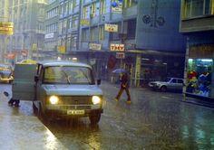 Yağmurlu bir günde Sirkeci (1970'li yıllar. Hasan Gülas) #istanbul