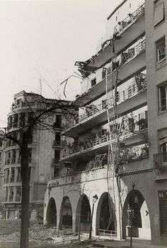 Antigua foto tiempo de guerra  de la Casa de las Flores MADRID
