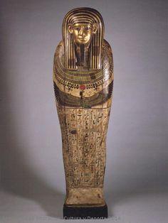 Isis en el centro - Museo Arqueológico Nacional-Visor de Imágenes