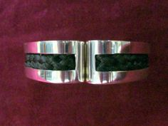 PAISLEY HINGED BRACELET IN STERLING SILVER AND YOUR HORSES HAIR