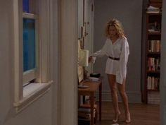 覚えている人も多いと思うけれど。これはキャリーとミスター・ビッグがセントラルパークにある池に落ち、ドレスがびしょびしょになってしまった後のシーン。ミスター・ビッグのドレスシャツを借りて帰るのだけれど...