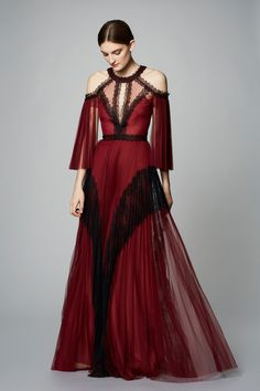 Marchesa Notte Pre-Fall 2017 Collection Photos - Vogue