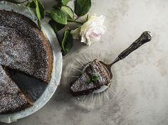 Mudcake eli mutakakku Something Sweet, Kale, Fruit, Food, Collard Greens, Eten, Meals, Cabbages, Diet