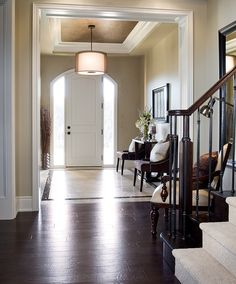 Modern Foyer Decor and Designs Inspirations