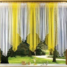 Yellow is not my thing,but this works very well with any color I suppose Kitchen Window Curtains, Home Curtains, Window Drapes, Sheer Curtains, Window Coverings, Drapery, Diy Home Decor, Room Decor, Crochet Curtains