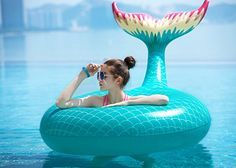Jasonwell Giant Inflatable Mermaid Tail Pool Float Pool Tube with Fast Valves Summer Beach Swimming Pool Party Lounge Raft Decorations Toys for Adults Kids (Green) Crazy Pool, Structures Gonflables, Mermaid Tails For Kids, Mermaid Tail For Pool, Cool Pool Floats, Lounge Party, Summer Pool, Summer Beach, Giant Inflatable
