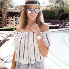 Adoptez un top Bardot à rayures ce printemps-été >> http://www.taaora.fr/blog/post/blouse-encolure-bardot-col-bateau-epaules-denudees-rayures-ou-trouver