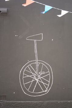 a chalkboard wall would be awesome for a kids room!