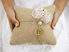 Almofada para portador de anel, marrom