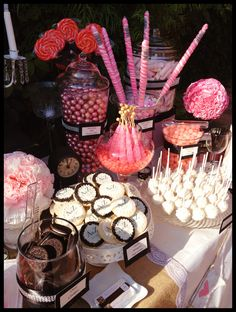 Wedding candy bar - but was really looking at the pops on a plate that are easier to pick up that way and less likely for other people to touch the food portion. Candy Bar Wedding, Wedding Desserts, Wedding Favors, Wedding Ideas, Candy Table, Candy Buffet, Candy Land, Dessert Buffet, Dessert Bars