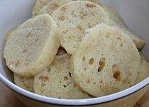 Houskový knedlík z mikrovlnky Snack Recipes, Healthy Recipes, Snacks, Healthy Food, Czech Recipes, Ethnic Recipes, Dumplings, Cheesecake, Menu