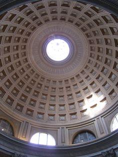 Oculus, Rome, Italy. как окно в другую духовную жизнь