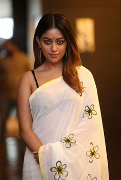 Actress Hot Navel Pics: Anu Emmanuel Hot Photos In Saree Beautiful Girl Indian, Beautiful Indian Actress, Beautiful Actresses, Gorgeous Women, Beauty Full Girl, Beauty Women, Anu Emmanuel, Indian Beauty Saree, Indian Celebrities