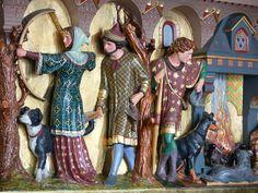 Estátuas na Sala de Inverno para Fumantes, no Castelo de Cardiff. País de Gales.
