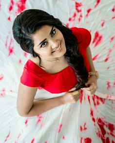 Here we present the Anupama Parameswaran Latest Cute Photoshoot Images. Anupama Parameswaran was born on February 18 in the year Beautiful Girl Indian, Most Beautiful Indian Actress, Beautiful Girl Image, Beautiful Saree, Beautiful Ladies, Beautiful Bollywood Actress, Beautiful Actresses, Anupama Parameswaran, Photoshoot Images