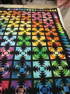 Impressive photo - see our website for additional good ideas! Pineapple Quilt Pattern, Pineapple Quilt Block, Bargello Quilts, Scrappy Quilts, Batik Quilts, Quilt Stitching, Applique Quilts, Bright Quilts, Colorful Quilts