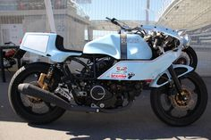 Cagiva Alazzurra powered by Jumatsu. Ducati Pantah, Belt Drive, Classic Italian, Motorbikes, Vehicles, Cafe Racers, Dreams, Red, Style